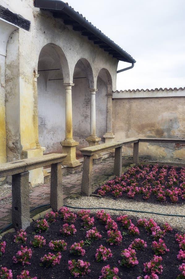 Certosa di Pavia, wewnętrzny szczegół koloru córek wizerunku matka dwa obraz royalty free