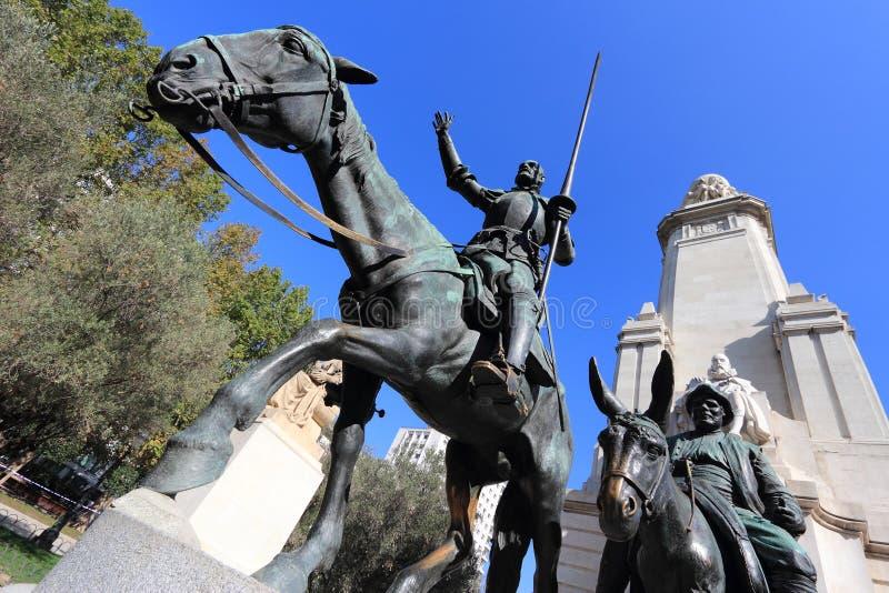 Cervantes monument, Madrid royaltyfri fotografi