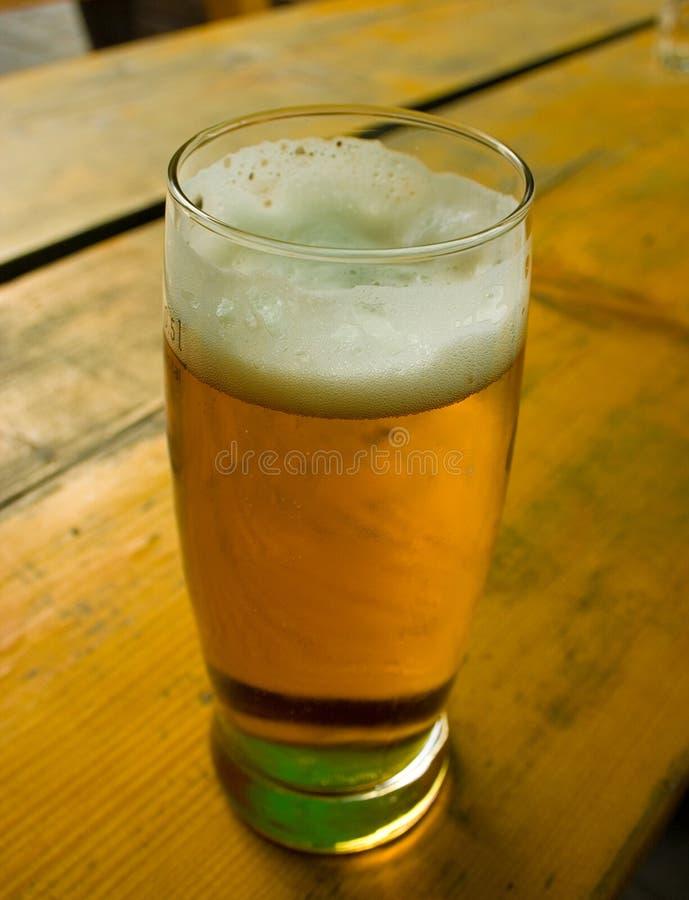 Cerveja fria imagens de stock