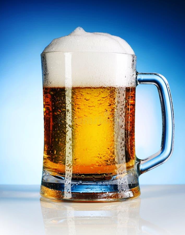 Cerveza fotografía de archivo libre de regalías