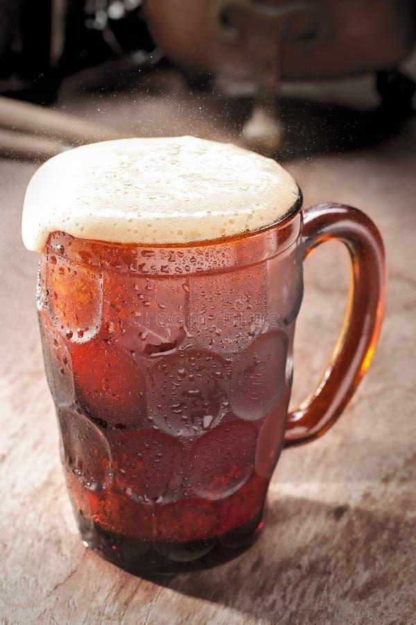 Cerveza de raíz fría fotografía de archivo libre de regalías