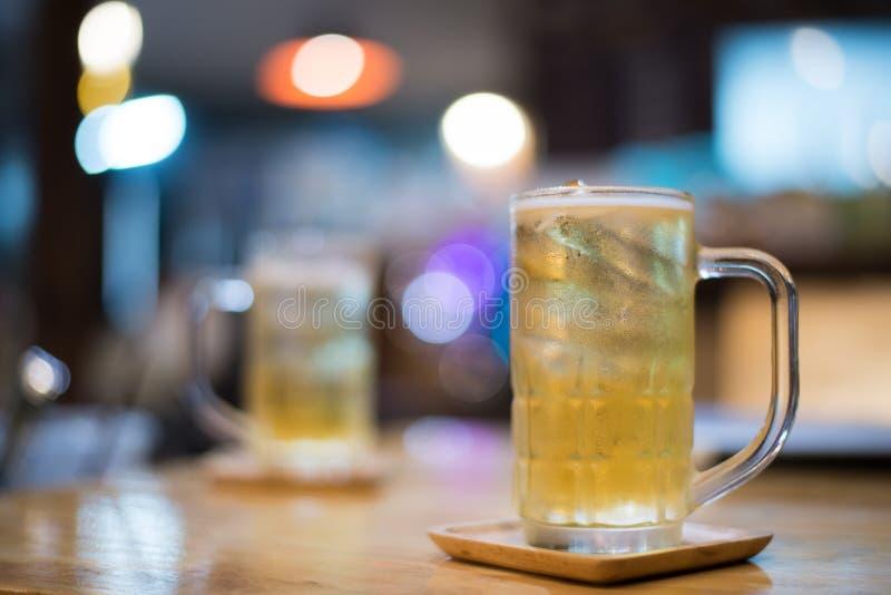 Cerveza del vidrio fotografía de archivo