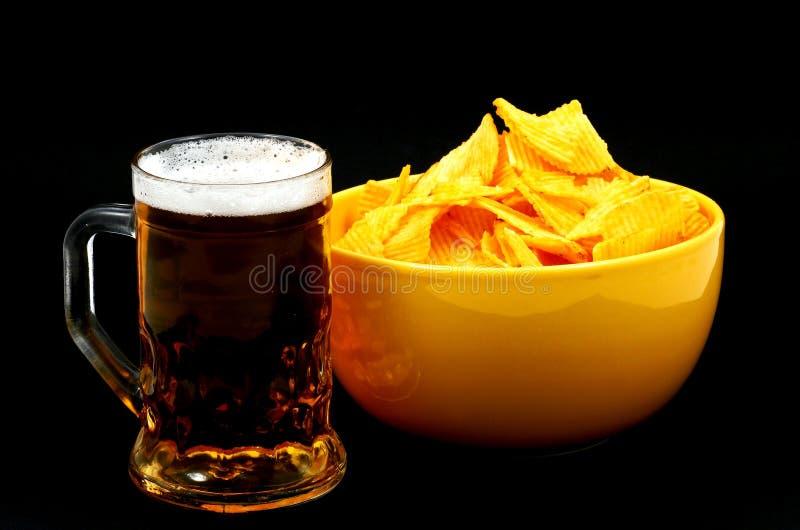 Cerveza en negro imágenes de archivo libres de regalías