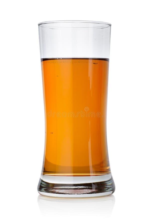 Cerveza en un vidrio imágenes de archivo libres de regalías