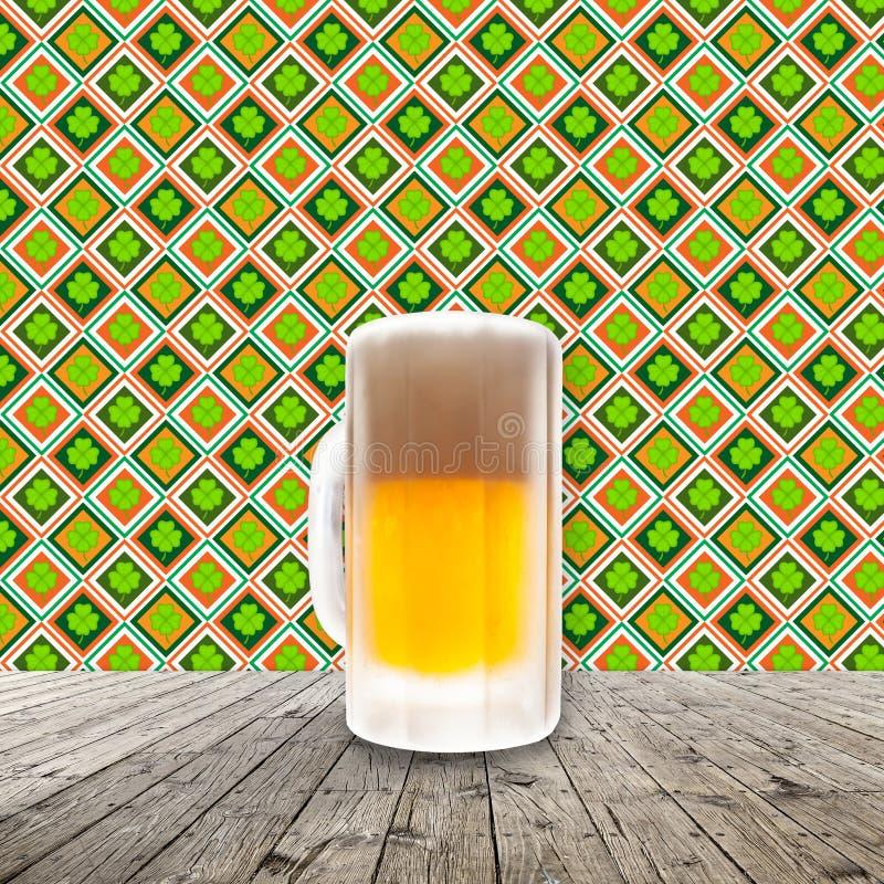 Cerveza fría fresca fotografía de archivo libre de regalías
