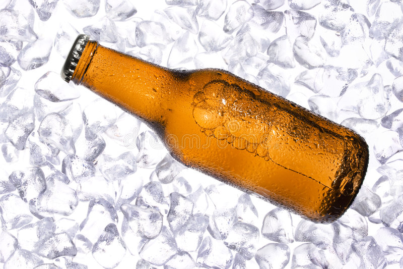 Cerveza fresca imagenes de archivo