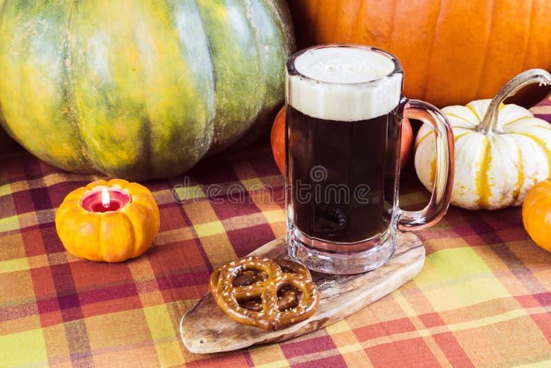 Cerveza inglesa de la calabaza fotos de archivo libres de regalías