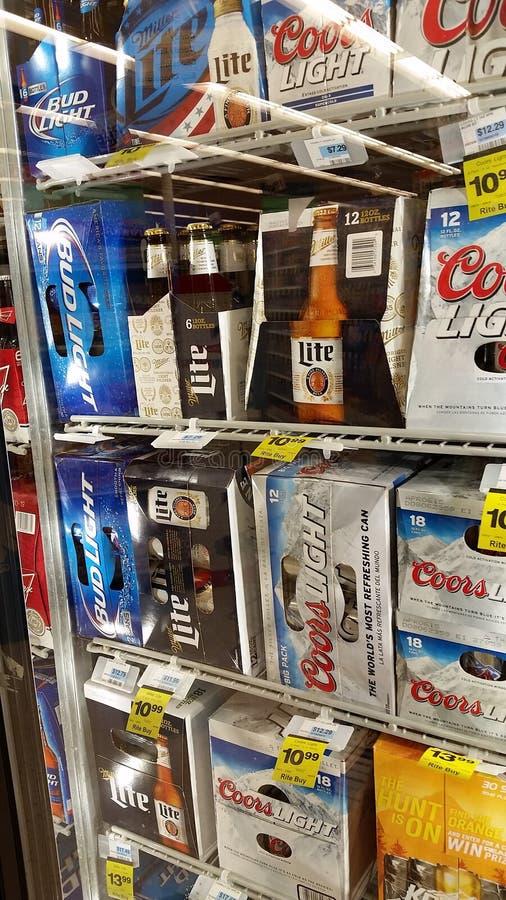 Cervezas americanas populares imagenes de archivo