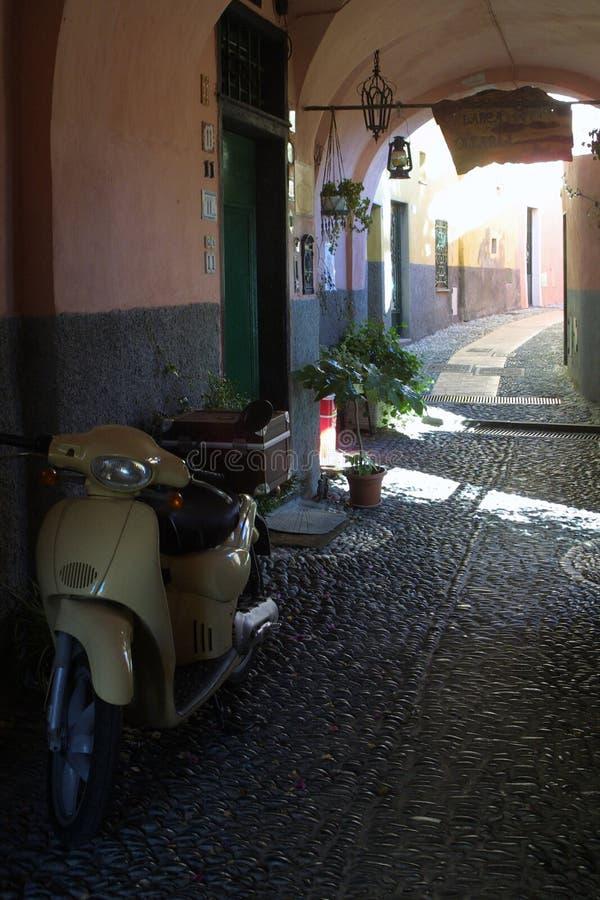 Download Cervo οδός στοκ εικόνα. εικόνα από ιστορία, ιταλία, τουρίστας - 114997