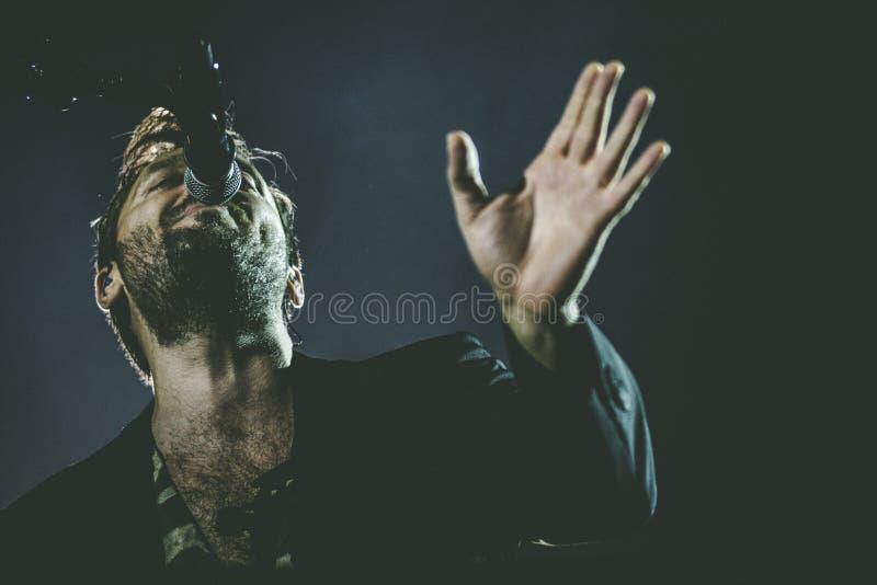 Cesare Cremonini vive en el concierto 2018 imagen de archivo libre de regalías