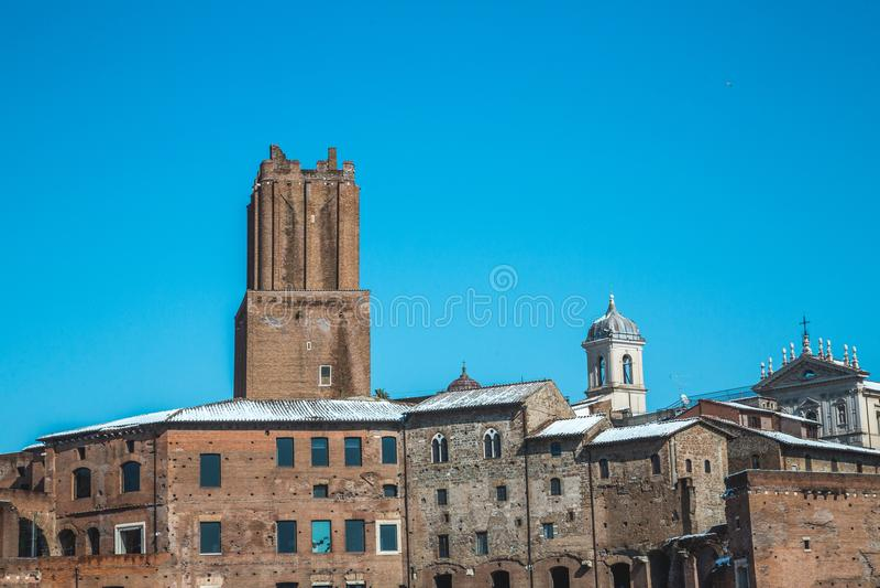 Cesarski Romański forum dachu śnieg obraz stock