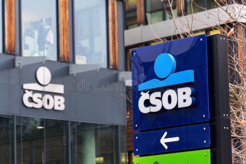 Ceskoslovenska obchodni banka CSOB bankowość i pieniężnej firmy logo obrazy royalty free