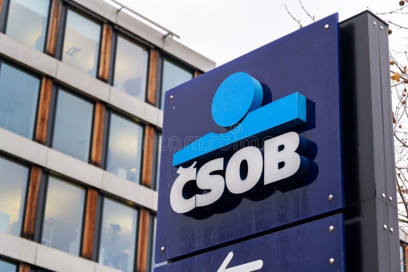 Ceskoslovenska obchodni banka CSOB bankowość i pieniężnej firmy logo obraz stock