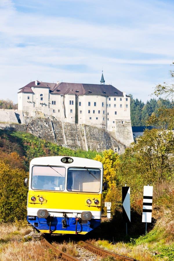 Download Cesky Sternberk Castle στοκ εικόνα. εικόνα από επιβάτης - 22798407