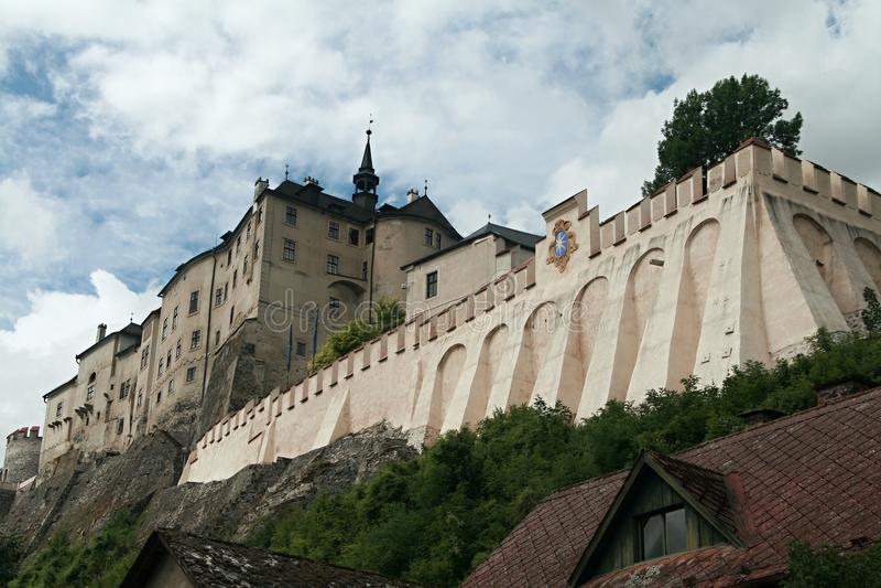 Cesky Sternberk Schloss lizenzfreie stockbilder