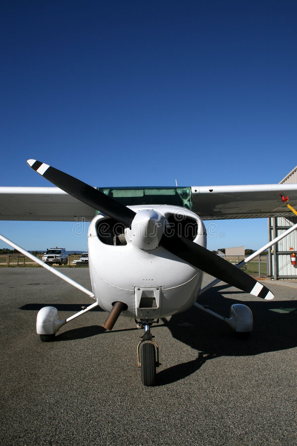 Download Cessna 172 AUC stock photo. Image of aviation, wing, propeller - 821722