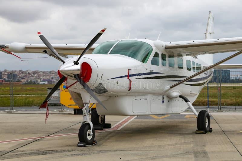 Cessna 208B storslagen husvagn Istanbul Airshow royaltyfria bilder