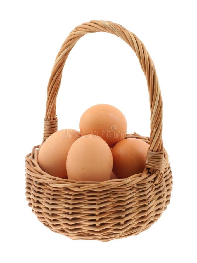 Cesta completamente dos ovos fotografia de stock