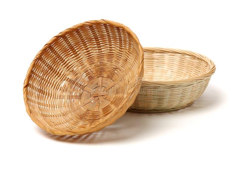 Cesta de bamb? hecha a mano imagen de archivo