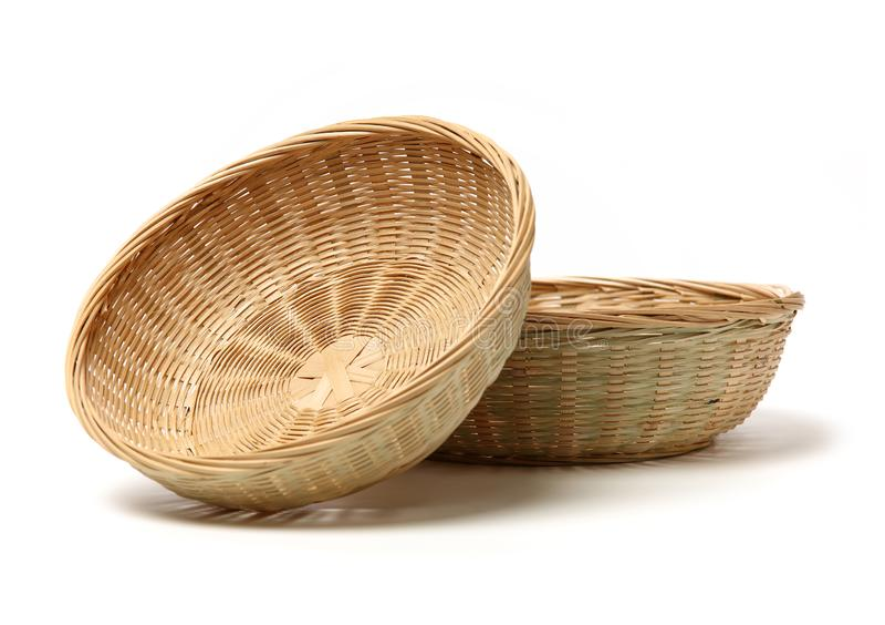 Cesta de bamb? hecha a mano fotos de archivo