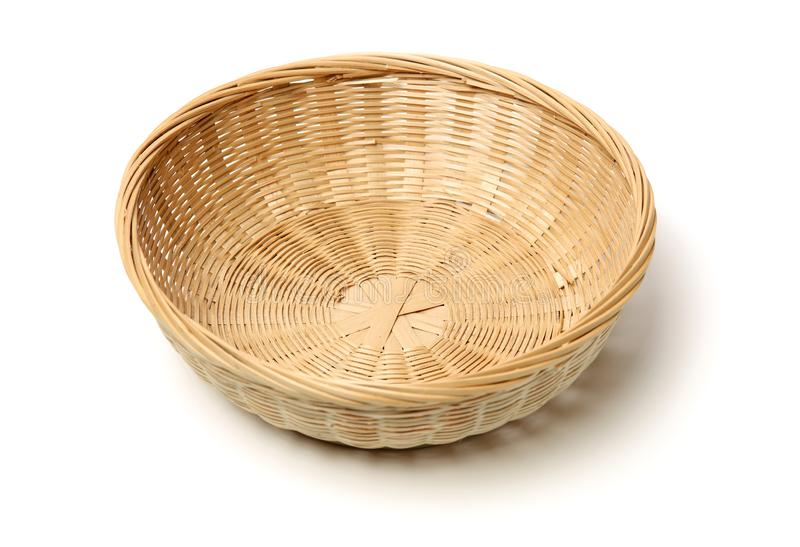 Cesta de bamb? hecha a mano fotografía de archivo libre de regalías