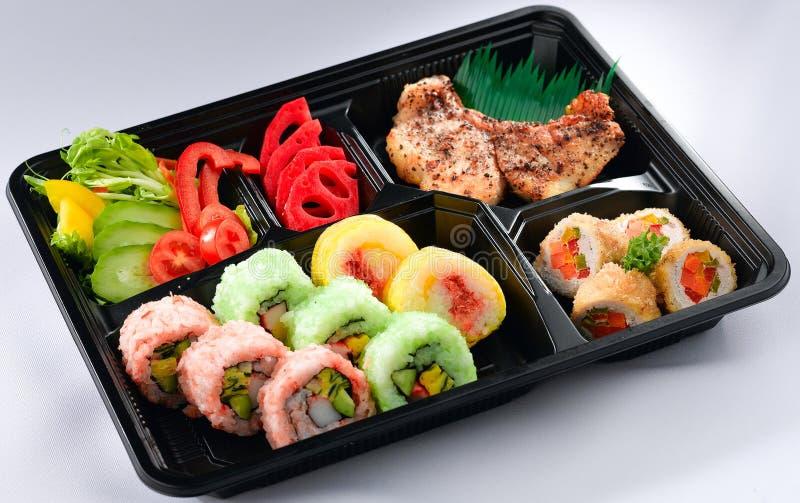 Cesta de comida japonesa do bento imagens de stock royalty free