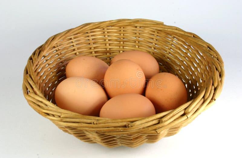 Download Cesta de huevos imagen de archivo. Imagen de shell, huevos - 175935