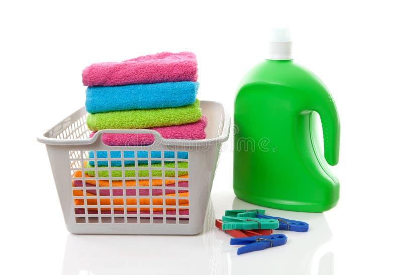 Cesta de lavanderia imagens de stock