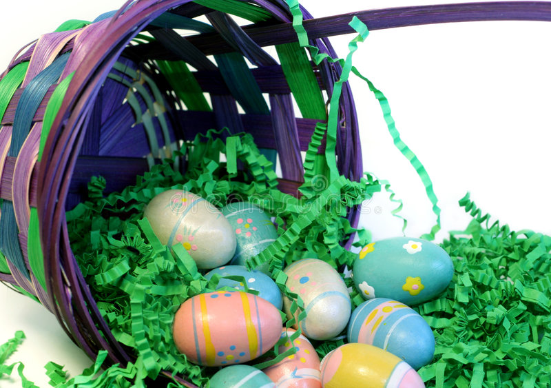 Cesta de Pascua imagen de archivo libre de regalías