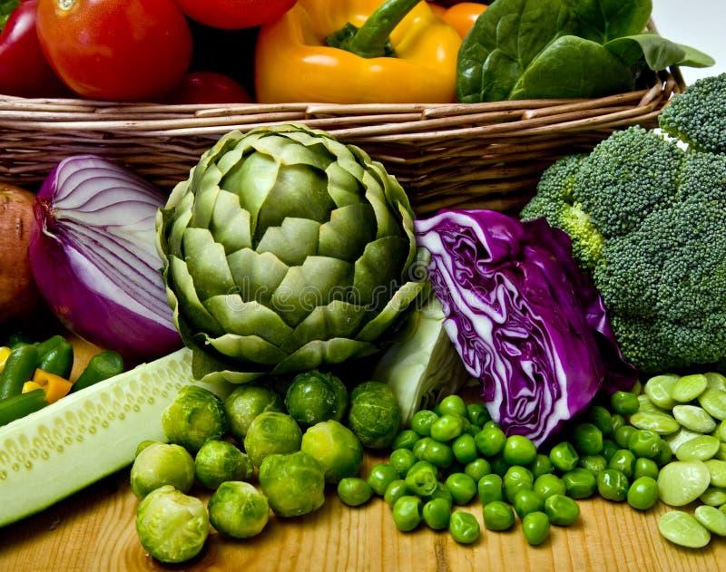 Cesta vegetal imagens de stock royalty free