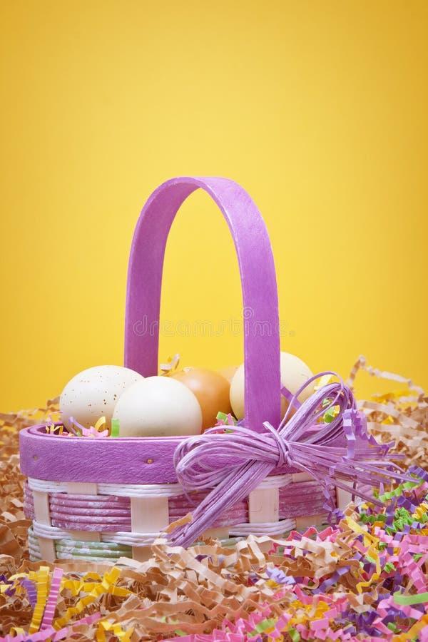 Cestino di Pasqua immagini stock libere da diritti