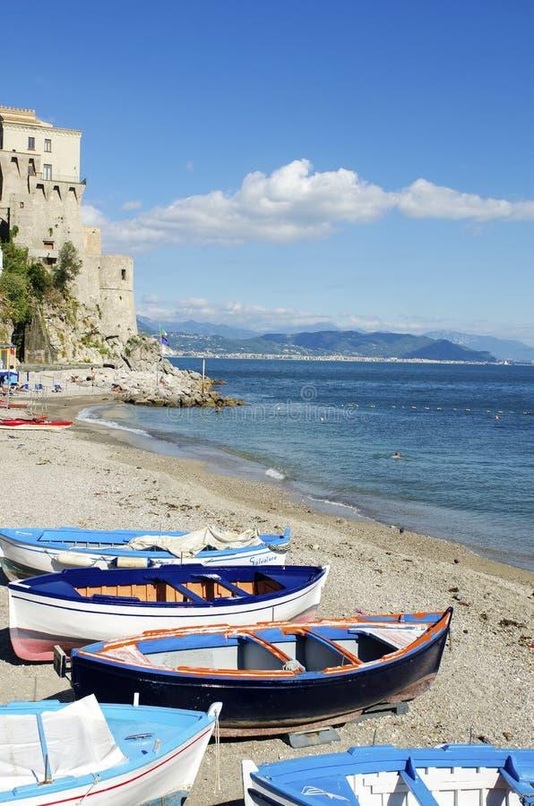 Cetara Amalfi kust, Italien royaltyfri fotografi