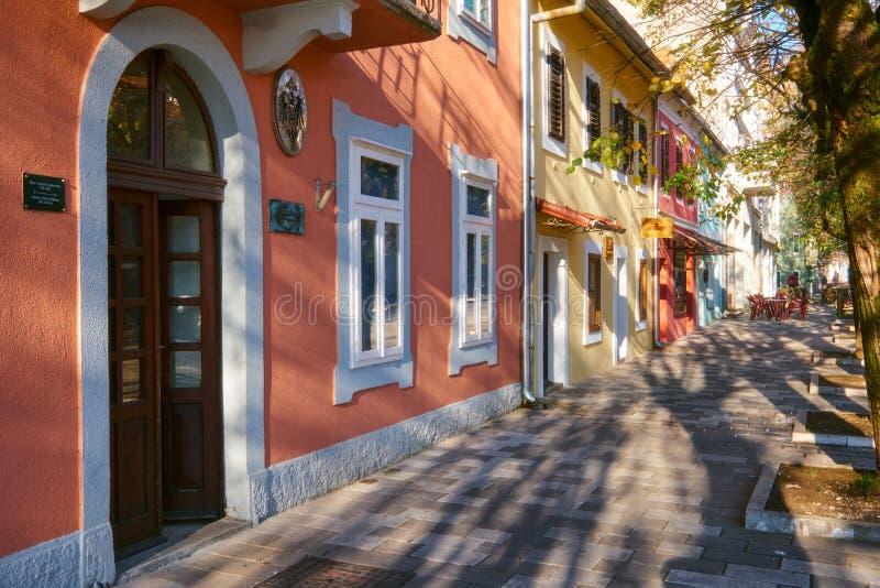 Cetinje Montenegor, November 13, 2018, gata av staden royaltyfri bild
