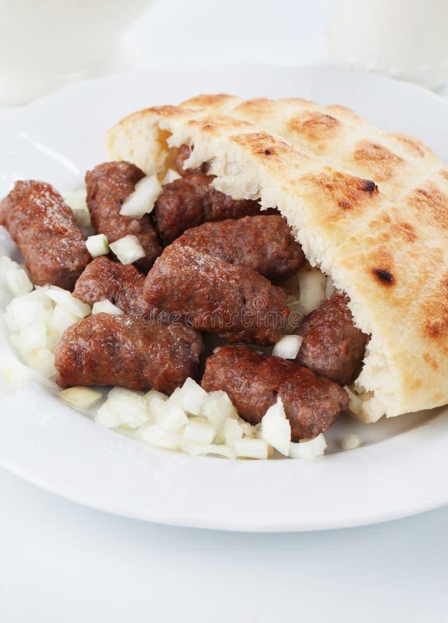 Cevapcici, босниец семенило kebab мяса стоковое изображение rf