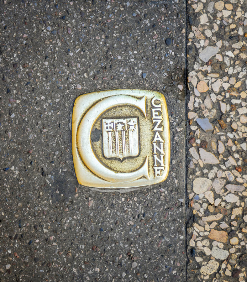 CEzanne inskrift på asfalten av Aix-en-provence arkivbild