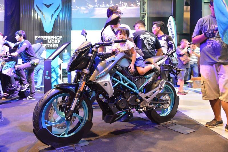 CF Moto Motorrad bei Makina Moto in Pasay, Philippinen lizenzfreie stockbilder