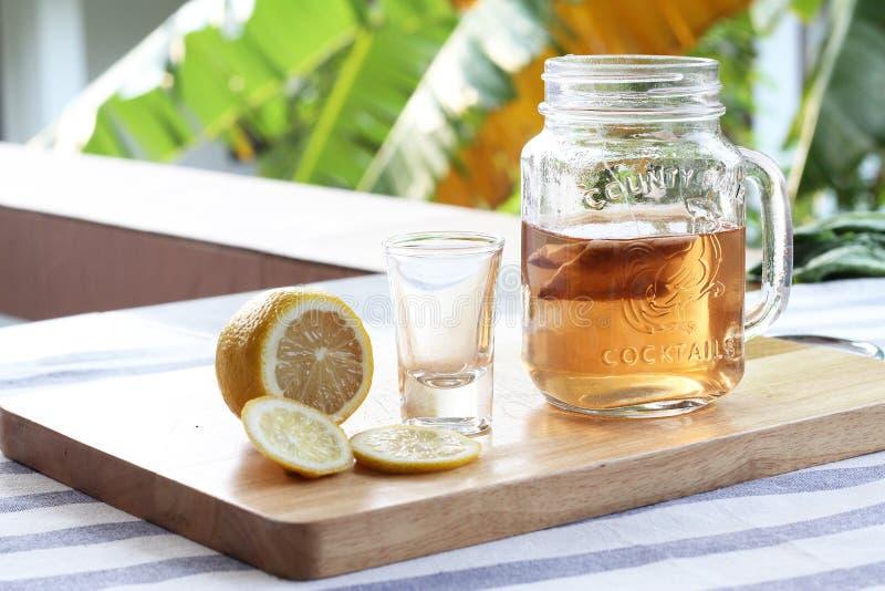 Chá com limão imagem de stock royalty free