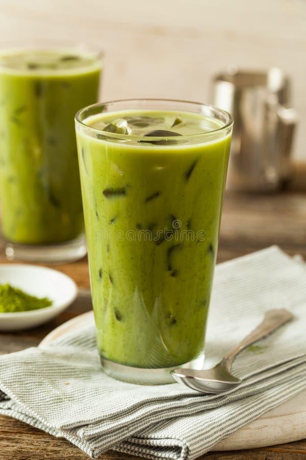 Chá congelado caseiro do Latte de Matcha foto de stock royalty free