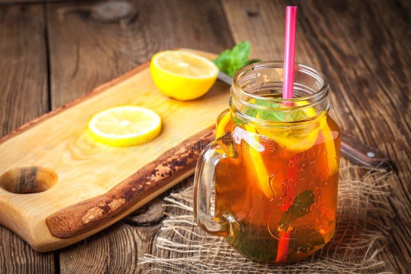Chá de gelo caseiro fresco fotos de stock royalty free