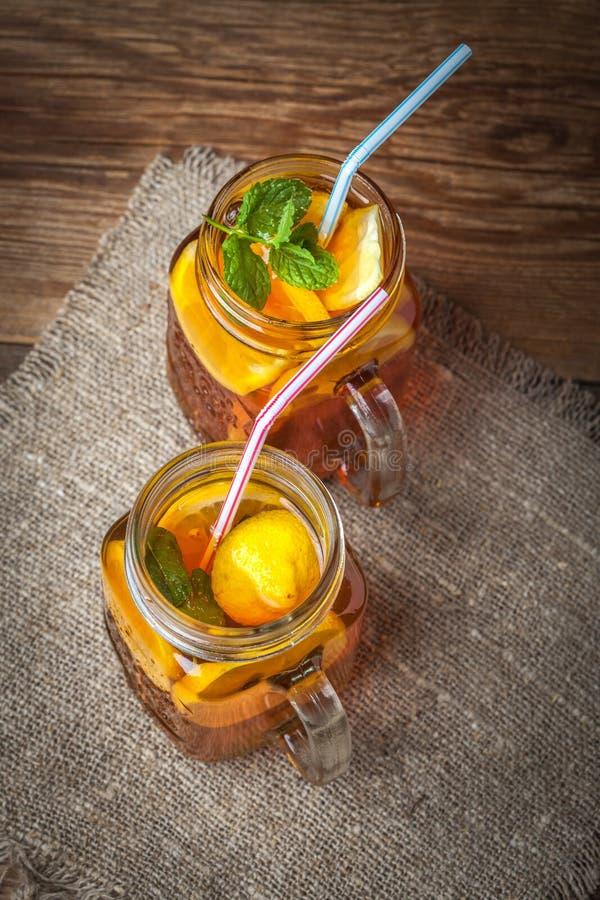 Chá de gelo caseiro fresco fotos de stock