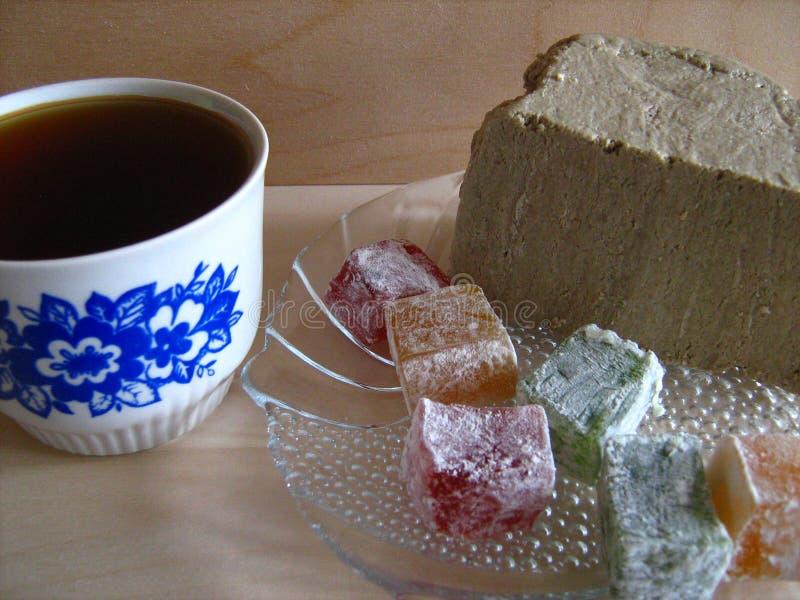 chá e sweetnesses fotografia de stock