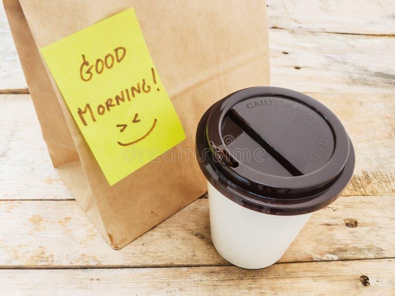 Chávena de café e bloco de notas imagens de stock royalty free