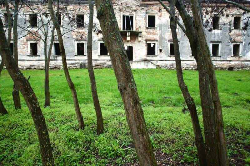 Château abandonné photos libres de droits