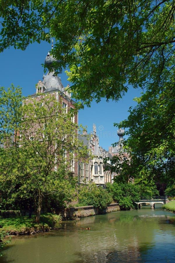 Château Arenbergh, Belgique ; fossé de château photo stock