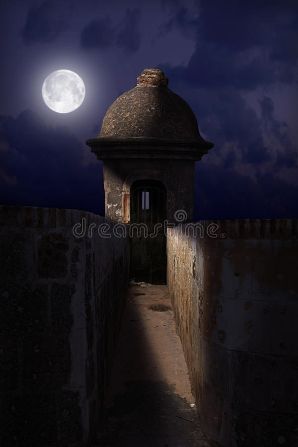 Château d'EL Morro la nuit image stock