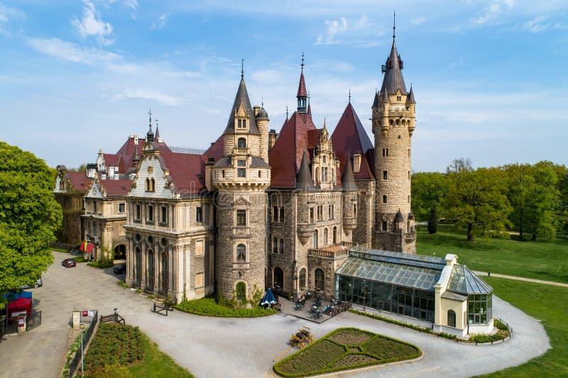 Château dans Moszna près d'Opole, Silésie, Pologne photo stock