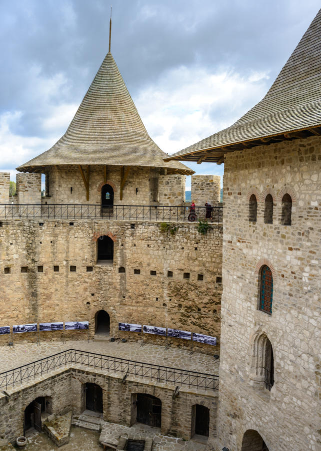 Château dans Soroca, forteresse médiévale Détails architecturaux de fort médiéval dans Soroca photographie stock libre de droits