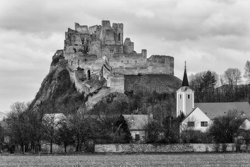 Château de Beckov, Slovaquie photos libres de droits