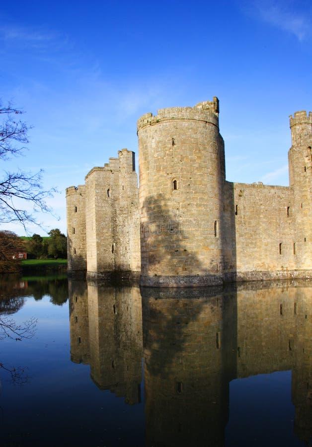 Château de Bodiam - verticale images libres de droits