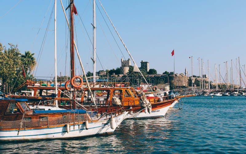 Château de Bodrum et mer Égée en Turquie image libre de droits